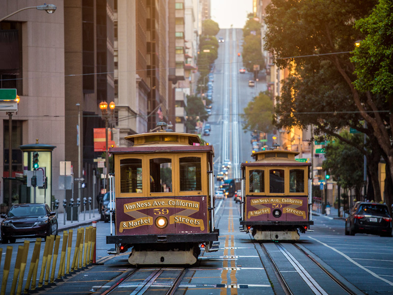 cable cars in san francisco california