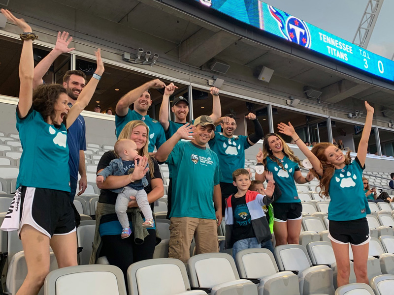 suddath sponsored military move family at jacksonville jaguars game
